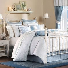 You have to do the close-up photo.   Harbor House Crystal Beach Comforter Set, 100% Cotton - Bed Bath & Beyond