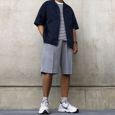 Men Street, Street Wear, Mens Baseball Tee, Boyish Style, Streetwear Fashion, Streetwear Men, Smart Styles, Boyish Fashion, Mens Fashion