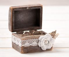 Hey, I found this really awesome Etsy listing at https://www.etsy.com/listing/177969648/wedding-ring-box-ring-bearer-pillow-box