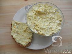 Recept na rychlou pomazánku, která se dá lehce proměnit v lahodný salát.