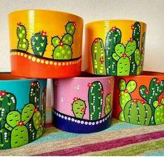 Flower Pot Art, Flower Pot Crafts, Clay Pot Crafts, Painted Plant Pots, Painted Flower Pots, Painted Jars, Painted Pebbles, Cactus Painting, Bottle Painting