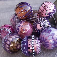 SOLD. MruMru.com beads by mrumruglass, via Flickr