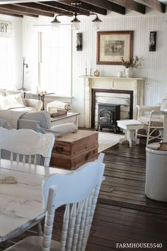 Vintage French Soul ~      FARMHOUSE5540