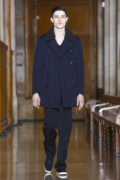 Coverage of the Lemaire Autumn/Winter 2016 menswear collection