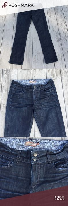 Paige Hidden Hills Straight Leg Jeans 29 Paige Hidden Hills Straight Leg Jeans, size 29, inseam 29 inches, rise 9 inches, high waisted, dark wash, straight leg jeans, picture of the part of the description. Paige Jeans Jeans Straight Leg