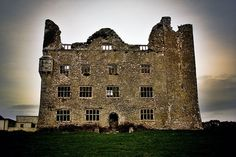 Get Off Services from Brid at Oranum Extra Coupon: Off Your First Paid Session + 9 Free Minutes and Off Psychic Readings Online from FiveScrolls Ireland Uk, Castles In Ireland, Ireland Travel, Clare Ireland, Northern Ireland, Irish Free State, Erin Go Bragh, County Clare, Republic Of Ireland
