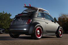"""No, no es un Abarth, pero es un 500, y """"mola"""". Esto que ves aquí es un Fiat 500 """"Sport"""", retocado por Mopar, la rama de preparaciones y..."""