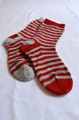 Ravelry: RiaMae's Heart Socks,  Zen Yarn Garden Serenity 20