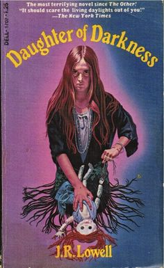 Okay everybody, you know how it goes, who can help some TMHF readers track down these lost and forgotten horror novels? Horror Fiction, Horror Books, Horror Comics, Arte Horror, Gothic Horror, Horror Art, Best Book Covers, Book Cover Art, Arte Do Pulp Fiction