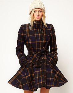 Thanks ASOS. I like this ASOS Check Fit And Flare Coat .but you've gone and put another coat with the same cut but different pattern cloth on at Now have to decide if I want this or red. Plaid Fashion, Look Fashion, Winter Fashion, Fashion Outfits, Pretty Outfits, Beautiful Outfits, Cute Outfits, Fit And Flare Coat, Looks Style
