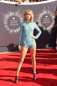 I got VMAs 2014! Which Taylor Swift Red Carpet Look Describes Your Style?