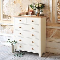 Mottisfont Chest of Drawers £299. Free Delivery & Free Returns Country Style Chests Of Drawers | The Cotswold Company Cream chest of drawers, painted drawers, country style, chest of drawers, modern country bedroom, distressed walls