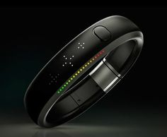 Fitness Trackers Show Promise in Diagnosing Alzheimer's - Techlicious Nike Fuel Band, Nike Air Mag, Wearable Technology, Hologram Technology, Wearable Device, Workout Accessories, Apple Watch Series 3, Iphone App, Looks Cool