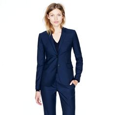can't go wrong with a tailored navy suit, gals. even when interviewing for fashion industry jobs. keep it classic, un-fussy, simple, elegant.