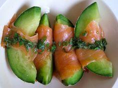 MsMarmiteLover: Quick summer starter: melon with smoked salmon