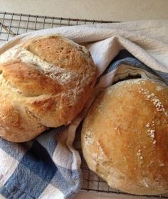 Freshly Baked Artisan Bread - made in the crockpot!