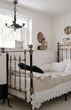Best 1000 Images About Wrought Iron Brass Beds On Pinterest 400 x 300