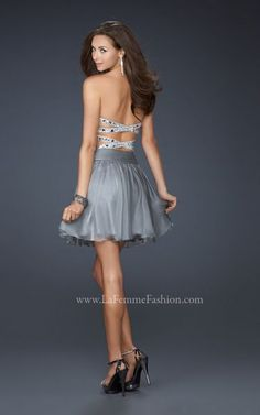 Love the back!!  Vestidos de Fiesta Cortos 2012 La Femme Fashion.