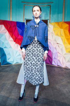 Tsumori Chisato Fall 2016 Ready-to-Wear Fashion Show