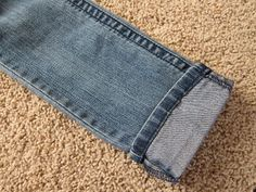 do it yourself divas: DIY: Hem Jeans Fast & Easy Thanks, Looks so easy! looking forward to trying this since every pair of pants I've owned in my entire life I've had to hem.