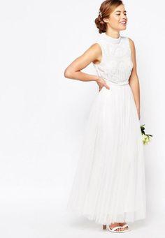 vestido de noiva barato low cost da asos com gola alta e bordado 1