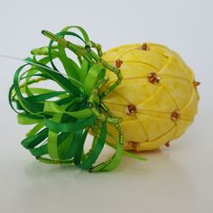 Yo ho, yo ho, a pineapplelife for me Embrace yer inner Jack Sparrow 'n grab a quilted pineapple today in me Etsy Shop! Quilted Ornaments, Handmade Ornaments, Ball Ornaments, Christmas Balls, Christmas Fun, Christmas Ornaments, Pineapple Quilt, Pineapple Craft, Caribbean Christmas