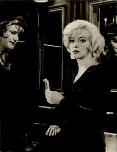 """Jack Lemmon & Marilyn Monroe in """"Some Like It Hot"""" 1959"""