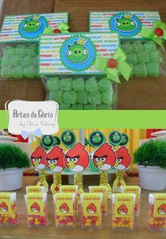 Artes da Chris: 11 de Novembro - Angry Birds para Luiz e Alexandre