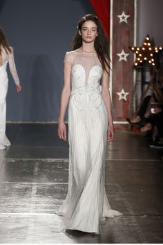 The new Jenny Packham wedding dresses have arrived! Take a look at what the latest Jenny Packham bridal collection has in store for newly engaged brides. Jenny Packham Wedding Dresses, Jenny Packham Bridal, Bridal Dresses, Bridesmaid Dresses, Bridal Gown, White Wedding Gowns, Gorgeous Wedding Dress, Beautiful Gowns, Beautiful Outfits