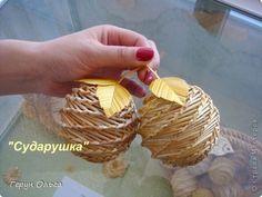 Поделка изделие Плетение Ягоды грибы Соломка фото 2: