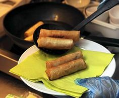 Thaimaalaiset kevätkääryleet ovat herkullista kasvisruokaa.