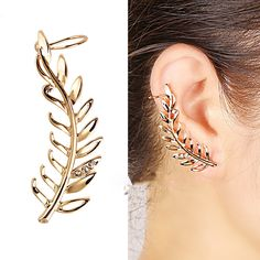 T1395-New-Fashion-one-piece-leaf-earring-clip-gold-plated-crystal-decoration-earring-Jackets-ear-cuff.jpg (921×921)