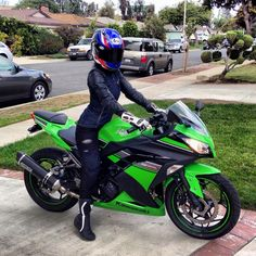 Annette Carrion, atop her Kawasaki Ninja, proves that flattering and protective gear for women does exist. Annette is a contributing author to Motorcyclist Magazine and lives in Los Angeles, CA. (via Moto Lady)