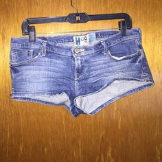 Hollister shorts sz 5 Hollister shorts sz 5 Hollister Shorts