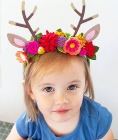 DIY Fawn Felt Flower Headband with wood Antlers and Ears! DIY Fawn Felt Flower Headband with wood Antlers and Ears! Diy Flower Crown, Diy Crown, Floral Crown, Flower Crowns, Scrap Fabric Projects, Crafty Projects, Felt Crown, Sewing Stuffed Animals, Felt Mobile