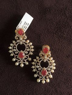 Pearl And Diamond Necklace, Gold Diamond Earrings, Gold Earrings Designs, Emerald Earrings, Necklace Designs, Traditional Earrings, Indian Wedding Jewelry, Latest Jewellery, Jewelry Patterns