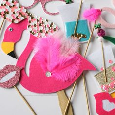 I love these kind of things Photo Booth Props - Palm Springs Party Collection - Flamingo - Party Favor - Tropical - Pineapple - Glasses - Summer Aloha Party, Luau Party, Diy Party, Party Gifts, Party Favors, Party Ideas, Party Summer, Flamingo Party, Flamingo Birthday