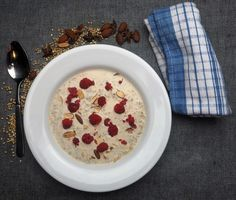 Buckwheat, Chia and Coconut Porridge made in the slow cooker. Chef Recipes, Slow Cooker Recipes, Best Chef, Vegan Breakfast Recipes, Coconut Sugar, Buckwheat, Yummy Food, Delicious Recipes, Oatmeal