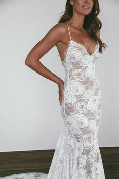 This mermaid silhouette is the dress of your dreams. Clo is finished with exquisite eyelash detailing around the neckline, low back and hem. V Neck Wedding Dress, Wedding Bridesmaid Dresses, Best Wedding Dresses, Boho Wedding Dress, Bridal Dresses, Lace Wedding, Gothic Wedding, Wedding Gowns, Geek Wedding