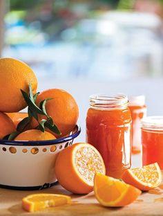 Ο συνδυασμός πορτοκαλιού και λεμονιού δίνει στη μαρμελάδα μια τέλεια γεύση. Greek Sweets, Greek Desserts, Greek Recipes, Marmalade Jam, Breakfast Recipes, Dessert Recipes, Brunch, Fruit Preserves, Jam And Jelly