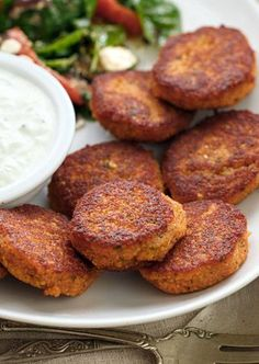 pan-fried patties made with red lentils, onion and garlic, and seasoned with oregano and fresh parsley. Perfect served as an appetizer with tzatziki or tahini sauce for dipping, added to stews, or stuffed into pita bread with crisp salad veggies. Veggie Recipes, Indian Food Recipes, Whole Food Recipes, Vegetarian Recipes, Cooking Recipes, Healthy Recipes, Red Lentil Recipes, Indian Vegetarian Appetizers For Party, Red Lentil Burger Recipe