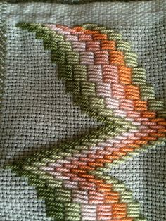 Gabriella Cressa\\\'s media content and analytics Bargello Needlepoint, Bargello Quilts, Broderie Bargello, Bargello Patterns, Needlepoint Stitches, Needlework, Hardanger Embroidery, Cross Stitch Embroidery, Embroidery Patterns