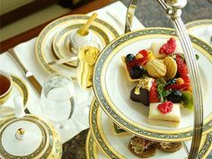 Best Afternoon Tea In Chicago - The Drake, The Peninsula, The Four Seasons, Russian Tea Time