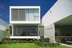 Casas Minimalistas y Modernas: ACCESOS MODERNOS EN CASAS MINIMALISTAS