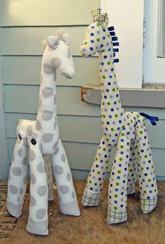 MR GIRAFFE Plushie Sewing Pattern.  I'm wondering if this can be made out of outdoor fabric for outside!..