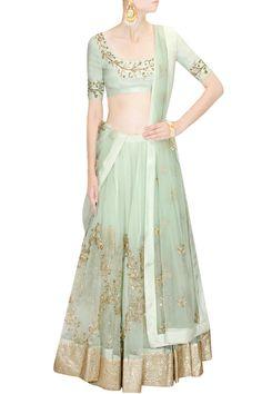 Lehenga : Buy lehenga choli, chaniya choli & bridal lehenga online - Pernia's Pop Up Shop Bridal Lehenga Online, Bridal Lehenga Choli, Choli Designs, Bridal Blouse Designs, Pakistani Outfits, Indian Outfits, Indian Clothes, Simple Dresses, Elegant Dresses
