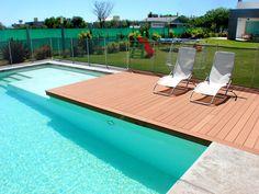 New Modern Garden Pool Backyards Ideas Swiming Pool, Swimming Pools Backyard, Swimming Pool Designs, Garden Pool, Pool Landscaping, Piscina Rectangular, Beach Entry Pool, Moderne Pools, Caribbean Homes