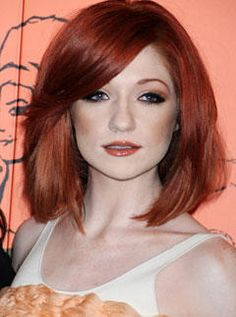 http://www.secretsalons.com/gallery/red-hair-celebs/nicole-roberts-red-hair.jpg