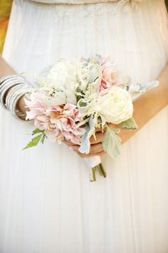 Love the colours in this bouquet - would want it bigger though.