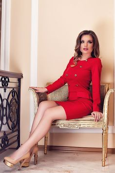 Fashion Trends Romania: Rochie Sophie Rosie 2017 (Rochie Office Rosie) Fashion Trends, Romania, Vintage, Portraits, Style, Red, Swag, Vintage Comics, Portrait Paintings